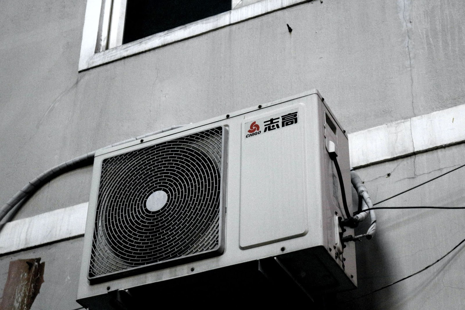 heres-why-your-commercial-space-needs-regular-duct-cleaning